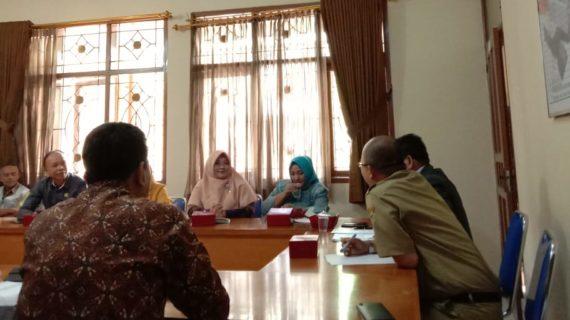 Studi Banding Pengembangan UMKM Ke Diskopdagrin Kota Sukabumi