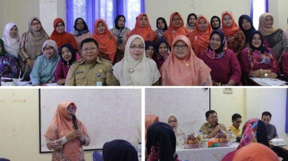 Paramitha Beri Motivasi Di Pelatihan Komputer DPMP3AKB Kota Tangerang Selatan